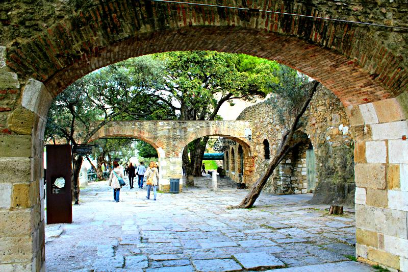 Sao Jorge Castle Walkway